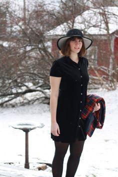 Vintage Basic Equipment Velvet Black Dress