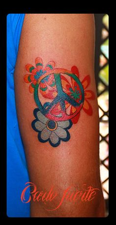 Hippie Looks on Pinterest | Hippy Tattoo, Hippie Styles ...