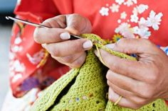 Learn to crochet - Why am I losing stitches while working in single or double crochet rows? A helpful post from your friends at Love of Crochet magazine