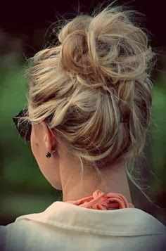 Get Ready Fast - Quick and Easy Hairstyles I'm going to be trying some of these for school this week!