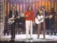 Bee Gees - Saw A New Morning -  Live at the Midnight Special, 1973