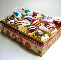 Vintage Assortment of 12 Christmas Ornaments by borahstyle on Etsy