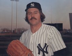 From 1971 through 1975, Catfish Hunter strung together five seasons of 20 wins or more for the Oakland A's and New York Yankees.    During that span he led the league in winning percentage twice: once in 1972, going 21-7/.750, and then the following yea, going 21-5/.808.    His career line: 224-166, 3.26 ERA, 1.134 WHIP with 2,012 strikeouts.