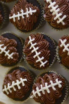 Super Bowl Party Dessert: Football Cupcakes