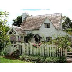 Cottage garden and that Picket fence