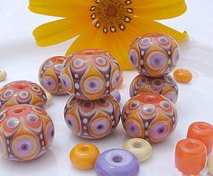 HARIA – Ornamental Bead Set with big Bellies and mini Dots, by Lina Khan