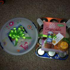 Cupcake shower gift