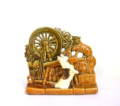McCoy Planter  Spinning Wheel with Cat and by Mylittlethriftstore, $25.00