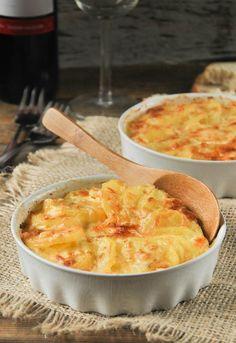 """Receta 227: Patatas con leche y huevos » 1080 Fotos de cocina - proyecto basado en el libro """"1080 recetas de cocina"""", de Simone Ortega."""