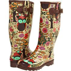 Awesome owl rain boots! LOVE.