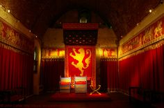 Throne Room of Henry II in the Royal Palace of Dover Castle, Kent, England, UK. King's Hall, Great Hall, with thrones for King Henry II, Prince John, Princess Alice of France. Medieval Norman. Minstrel's Gallery, replica Bayeux tapestry. Keep, or Great Tower, built by Henry II, designed by Maurice the Engineer (Mason). Listed Building and English Heritage site, also Scheduled Ancient Monument. Architecture and History; Tourism, Travel. More at http://www.panoramio.com/photo/47130195