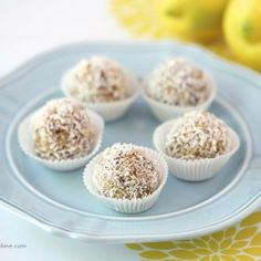 Lemon coconut energy balls I Heart Nap Time | I Heart Nap Time - Easy recipes, DIY crafts, Homemaking