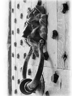 This lion door knocker was photographed at Leeds Castle, Ashford.  By Southwellski via flickr.