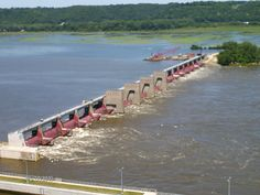 View of the dam at Eagle Point Park, Dubuque, Iowa