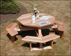 Red Cedar Octagon Walk-In Picnic Table - Fifthroom