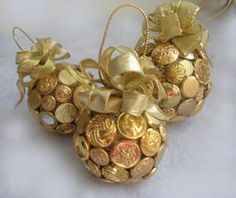 Gold button ornament with instructions.