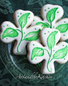 Shamrock Cookies - delicious decorated cookies.