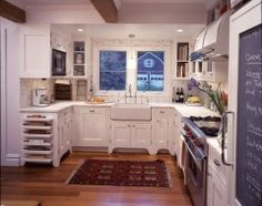 double pin--traditional kitchen by Urban Homes