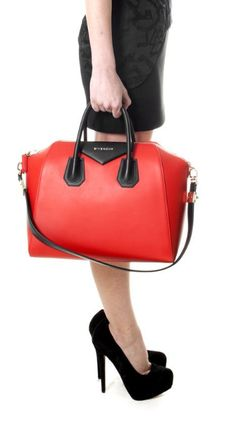 LOVE it #bags #fashion...nice color also!!