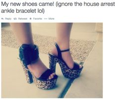 12 People Who Are Not Ashamed Of Their Ankle Bracelets
