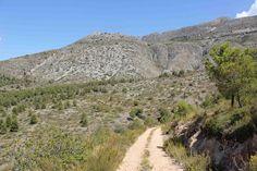 Het ruwe achterland van #Benidorm via @travelvalley