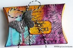 Ronda Palazzari: Distress Paint pillow box http://rondapalazzari.typepad.com/helpmeronda/2013/02/for-you-pillow-box-.html