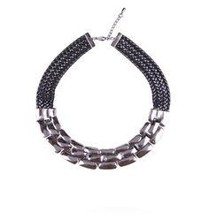 Chunky metallic necklase
