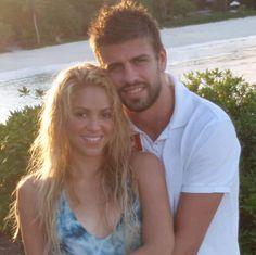 Shakira shows off new boyfriend on Twitter