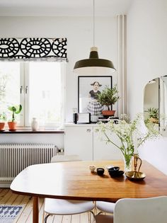 A Gothenburg apartment with a mid-century touch