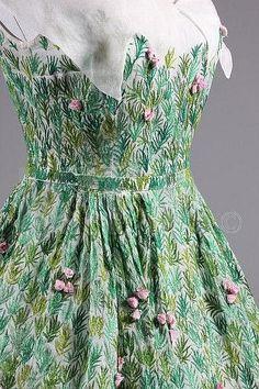 1952 Dior - detail