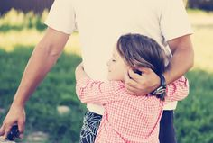 5 easy ways to teach your child how to show love for others