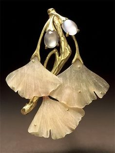 Brooch - Mother-of-Pearl, Gold. Gingko Leaves.