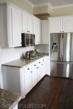 white cabinet, cottag, floor, hous, cosi kitchen, builder grade kitchen, kitchen remodel, white kitchens