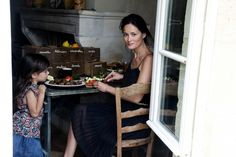 Manger: just discovered this blog by Mimi Thorisson.  Cooking, photography, country life, and family.  It is stunning!