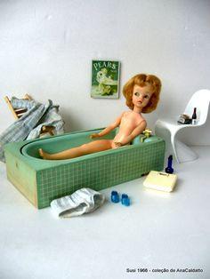 Boneca Susi e antigo brinquedos mini Móveis de casinha de Boneca