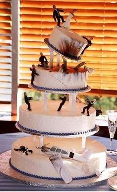 airplane crash! wedding cake