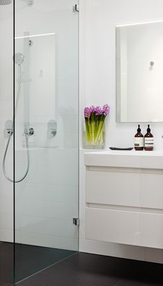 Bathroom cabinets. The Design Chaser: Home Build | Bathroom Inspiration