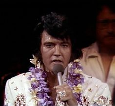 Aloha From Hawaii -Elvis sings 'Welcome to My World' at the Aloha rehearsal concert.