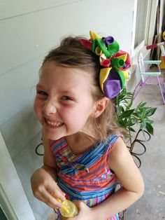 I love this party hairbow!!!  Birthday Party Balloon Hairbow  Customizable  by BeachGirlSparkles, $7.50