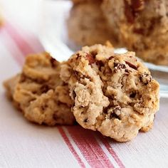 Oatmeal, Chocolate Chip, and Pecan Cookies Recipe noms