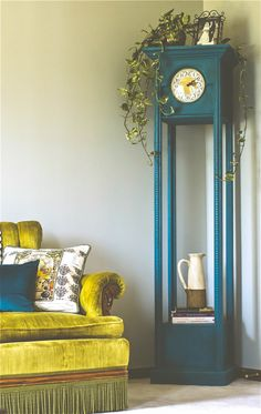 A custom mix of Florence & Napoleonic Blue Chalk Paint® decorative paint by Annie Sloan on a lovely clock | By Offbeat + Inspired