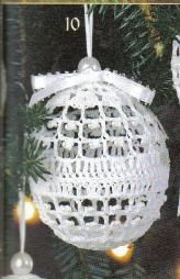 DIY: Christmas Ball Ornament - free crochet pattern #Noel #Ornie #Lace (Inspiration for thimble holder...)