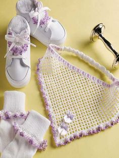 Free Crochet Springtime Set Pattern.