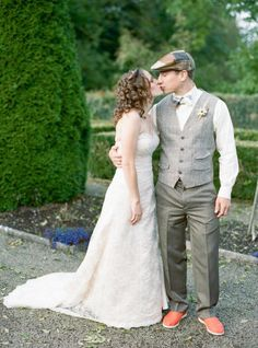 """Special Occasion- Ireland Wedding the guy is wearing a hat .""""They generally wear exactly the same as you will find in any modern western country which can be very formal suits in certain professions, more casual in leisure time"""". http://www.ask.com/question/what-do-irish-people-wear"""