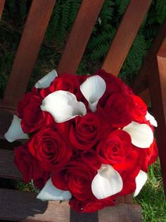 red roses and calla lilies - love this.