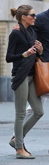 gray jeans, black top, brown tote