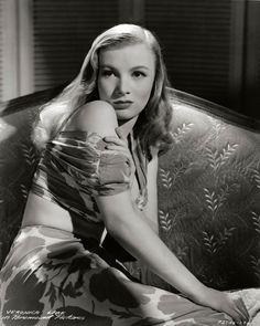 Veronica Lake ~ 1941