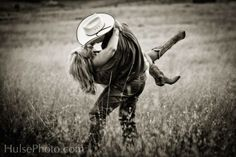 Love this engagement pictures, country boys, engagement photos, country girls, country weddings, engagement shots, engagement pics, themed weddings, cowboy hats