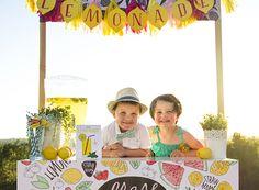 lemonade stand by Caravan