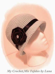 "I added ""Cloche Hat / Gorro Cloche"" to an #inlinkz linkup!http://www.alunamistejidos.com/2014/02/cloche-hat-gorro-cloche.html"